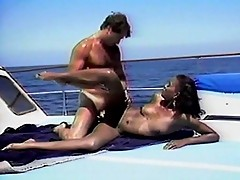 Hairy pussy fucked in the middle of the sea