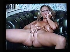Vintage Milf Cougar Stripping And Playing